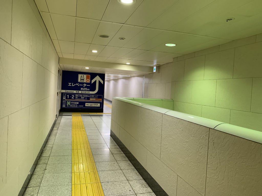 北千住駅 エレベーター(o)乗り場の写真