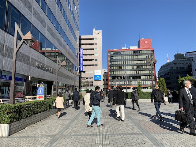 JR田町駅三田口(屋外)